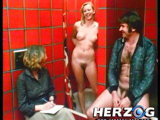 Зрелые секс вечеринки видео