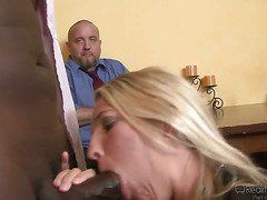 онлайн жена ебет мужа в жопу