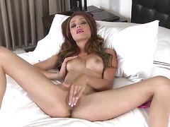Порно лижут крупным планом фото