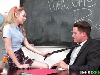 Порно студентов и школьниц
